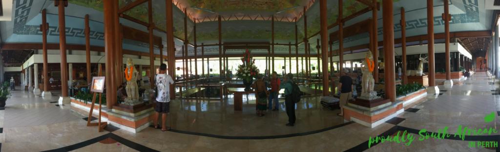 Melia Nusa Dua Lobby Area