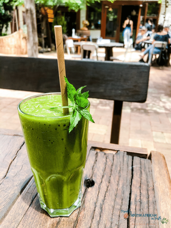 Lean Green Smoothie at Taylors in the Valley